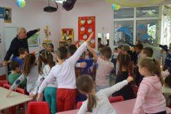 Вече е достъпна новата система за електронен прием на първолаци и в детските градини